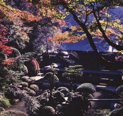 内々神社庭園(うつつじんじゃていえん)